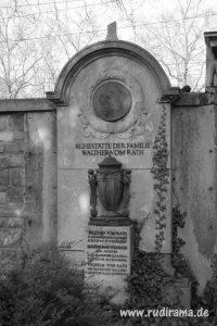 20161022-friedhofsmauer-grab-frankfurt-hauptfriedhof-01
